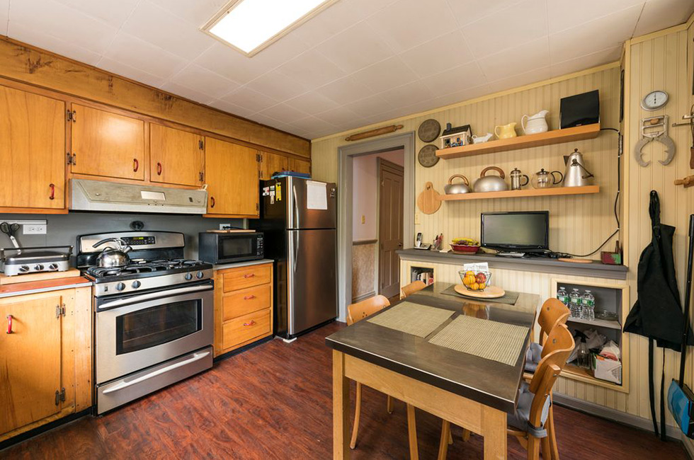 83 Bowers St - Kitchen