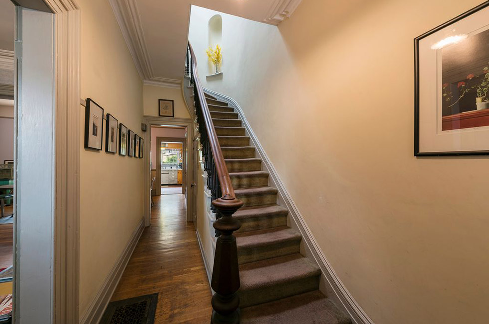 83 Bowers St - Stair