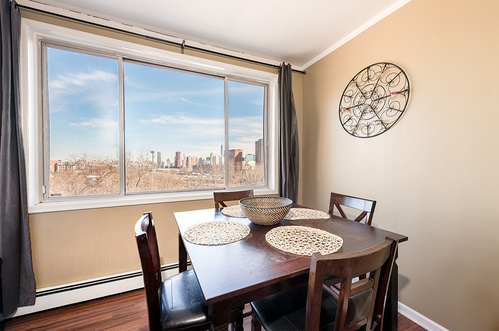 256 Palisade Ave - Top Floor Dining Area