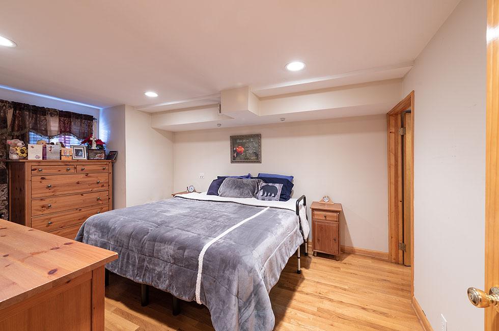 258 Palisade Ave - First Floor Bedroom