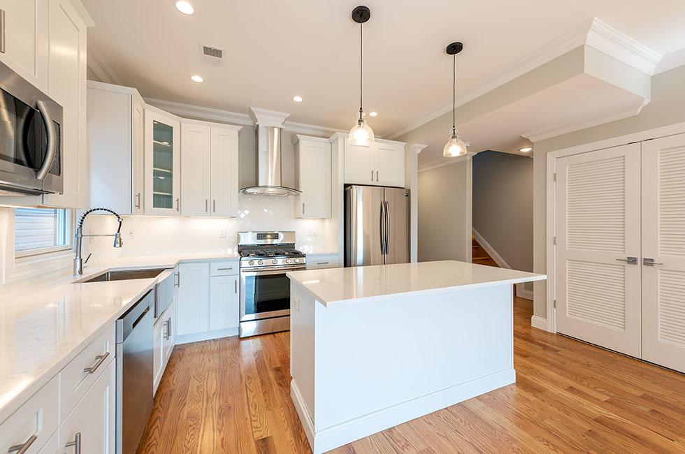 52 Reservoir Ave, Unit 2 - Kitchen
